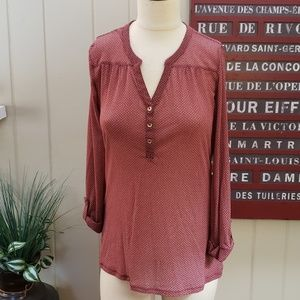 Outback Red | L semi sheer tab sleeve tunic top